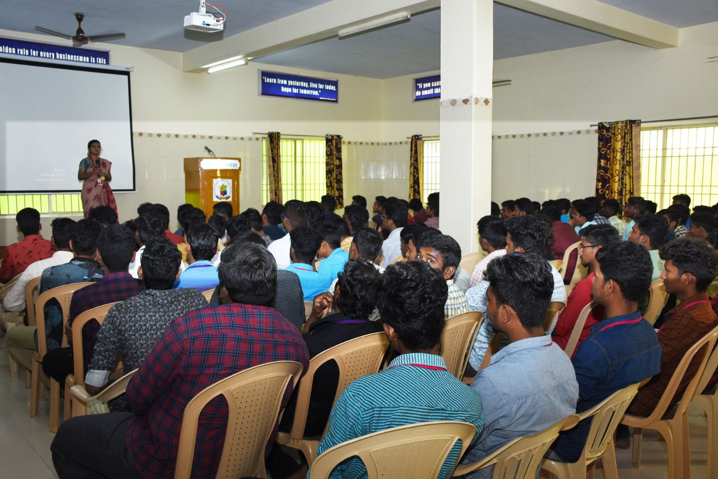 """Seminar on """"Fundamentals of Cinematic VFX and Android"""""""